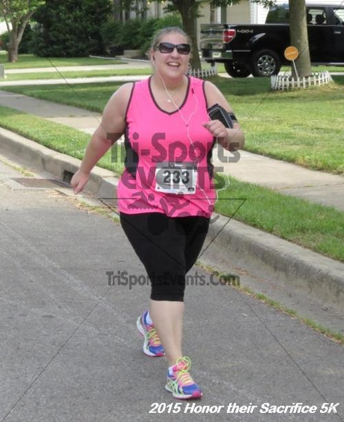 Honor Their Sacrifice 5K<br><br><br><br><a href='http://www.trisportsevents.com/pics/15_Elks_5K_063.JPG' download='15_Elks_5K_063.JPG'>Click here to download.</a><Br><a href='http://www.facebook.com/sharer.php?u=http:%2F%2Fwww.trisportsevents.com%2Fpics%2F15_Elks_5K_063.JPG&t=Honor Their Sacrifice 5K' target='_blank'><img src='images/fb_share.png' width='100'></a>
