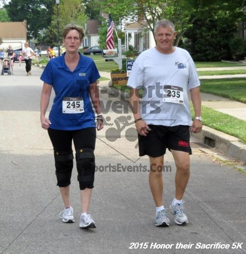 Honor Their Sacrifice 5K<br><br><br><br><a href='https://www.trisportsevents.com/pics/15_Elks_5K_064.JPG' download='15_Elks_5K_064.JPG'>Click here to download.</a><Br><a href='http://www.facebook.com/sharer.php?u=http:%2F%2Fwww.trisportsevents.com%2Fpics%2F15_Elks_5K_064.JPG&t=Honor Their Sacrifice 5K' target='_blank'><img src='images/fb_share.png' width='100'></a>