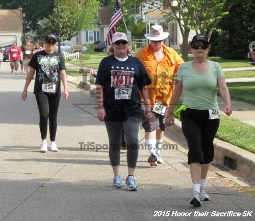 Honor Their Sacrifice 5K<br><br><br><br><a href='https://www.trisportsevents.com/pics/15_Elks_5K_074.JPG' download='15_Elks_5K_074.JPG'>Click here to download.</a><Br><a href='http://www.facebook.com/sharer.php?u=http:%2F%2Fwww.trisportsevents.com%2Fpics%2F15_Elks_5K_074.JPG&t=Honor Their Sacrifice 5K' target='_blank'><img src='images/fb_share.png' width='100'></a>