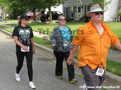 Honor Their Sacrifice 5K<br><br><br><br><a href='http://www.trisportsevents.com/pics/15_Elks_5K_076.JPG' download='15_Elks_5K_076.JPG'>Click here to download.</a><Br><a href='http://www.facebook.com/sharer.php?u=http:%2F%2Fwww.trisportsevents.com%2Fpics%2F15_Elks_5K_076.JPG&t=Honor Their Sacrifice 5K' target='_blank'><img src='images/fb_share.png' width='100'></a>