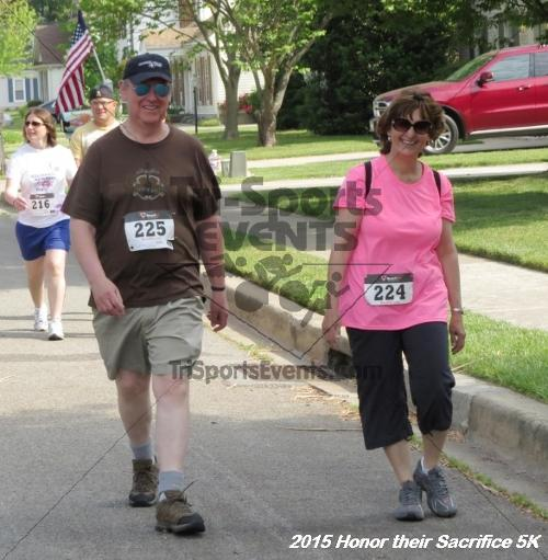 Honor Their Sacrifice 5K<br><br><br><br><a href='https://www.trisportsevents.com/pics/15_Elks_5K_077.JPG' download='15_Elks_5K_077.JPG'>Click here to download.</a><Br><a href='http://www.facebook.com/sharer.php?u=http:%2F%2Fwww.trisportsevents.com%2Fpics%2F15_Elks_5K_077.JPG&t=Honor Their Sacrifice 5K' target='_blank'><img src='images/fb_share.png' width='100'></a>