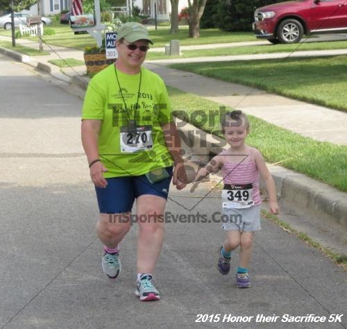 Honor Their Sacrifice 5K<br><br><br><br><a href='http://www.trisportsevents.com/pics/15_Elks_5K_081.JPG' download='15_Elks_5K_081.JPG'>Click here to download.</a><Br><a href='http://www.facebook.com/sharer.php?u=http:%2F%2Fwww.trisportsevents.com%2Fpics%2F15_Elks_5K_081.JPG&t=Honor Their Sacrifice 5K' target='_blank'><img src='images/fb_share.png' width='100'></a>