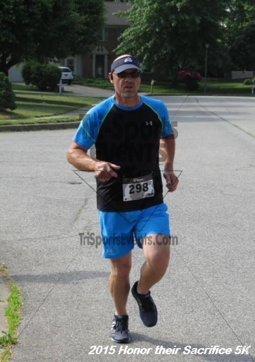 Honor Their Sacrifice 5K<br><br><br><br><a href='https://www.trisportsevents.com/pics/15_Elks_5K_085.JPG' download='15_Elks_5K_085.JPG'>Click here to download.</a><Br><a href='http://www.facebook.com/sharer.php?u=http:%2F%2Fwww.trisportsevents.com%2Fpics%2F15_Elks_5K_085.JPG&t=Honor Their Sacrifice 5K' target='_blank'><img src='images/fb_share.png' width='100'></a>
