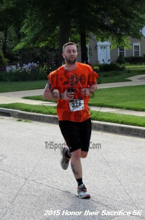 Honor Their Sacrifice 5K<br><br><br><br><a href='http://www.trisportsevents.com/pics/15_Elks_5K_088.JPG' download='15_Elks_5K_088.JPG'>Click here to download.</a><Br><a href='http://www.facebook.com/sharer.php?u=http:%2F%2Fwww.trisportsevents.com%2Fpics%2F15_Elks_5K_088.JPG&t=Honor Their Sacrifice 5K' target='_blank'><img src='images/fb_share.png' width='100'></a>