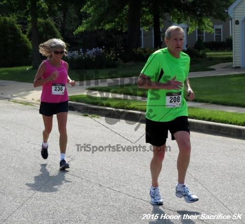 Honor Their Sacrifice 5K<br><br><br><br><a href='http://www.trisportsevents.com/pics/15_Elks_5K_091.JPG' download='15_Elks_5K_091.JPG'>Click here to download.</a><Br><a href='http://www.facebook.com/sharer.php?u=http:%2F%2Fwww.trisportsevents.com%2Fpics%2F15_Elks_5K_091.JPG&t=Honor Their Sacrifice 5K' target='_blank'><img src='images/fb_share.png' width='100'></a>