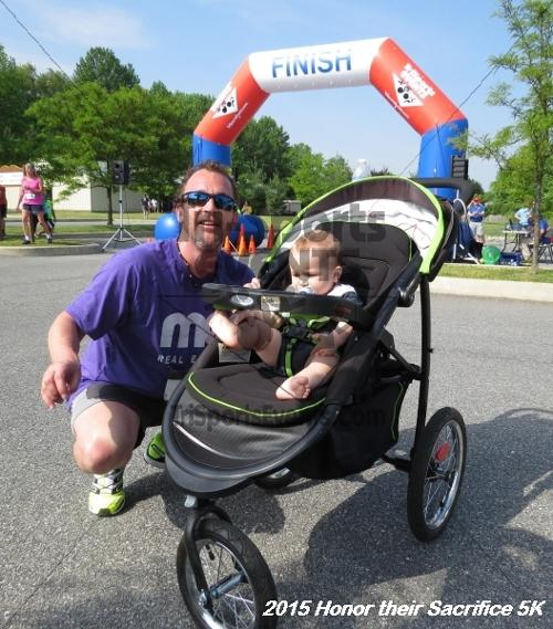 Honor Their Sacrifice 5K<br><br><br><br><a href='http://www.trisportsevents.com/pics/15_Elks_5K_105.JPG' download='15_Elks_5K_105.JPG'>Click here to download.</a><Br><a href='http://www.facebook.com/sharer.php?u=http:%2F%2Fwww.trisportsevents.com%2Fpics%2F15_Elks_5K_105.JPG&t=Honor Their Sacrifice 5K' target='_blank'><img src='images/fb_share.png' width='100'></a>
