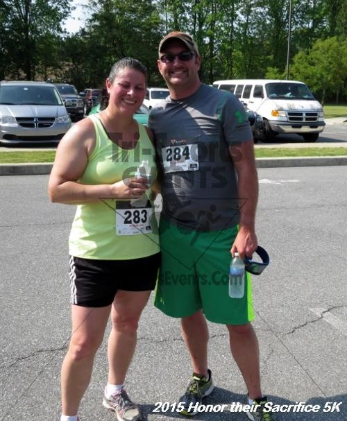 Honor Their Sacrifice 5K<br><br><br><br><a href='http://www.trisportsevents.com/pics/15_Elks_5K_131.JPG' download='15_Elks_5K_131.JPG'>Click here to download.</a><Br><a href='http://www.facebook.com/sharer.php?u=http:%2F%2Fwww.trisportsevents.com%2Fpics%2F15_Elks_5K_131.JPG&t=Honor Their Sacrifice 5K' target='_blank'><img src='images/fb_share.png' width='100'></a>