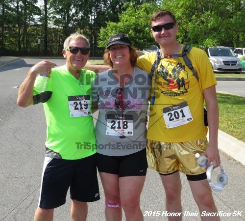 Honor Their Sacrifice 5K<br><br><br><br><a href='http://www.trisportsevents.com/pics/15_Elks_5K_136.JPG' download='15_Elks_5K_136.JPG'>Click here to download.</a><Br><a href='http://www.facebook.com/sharer.php?u=http:%2F%2Fwww.trisportsevents.com%2Fpics%2F15_Elks_5K_136.JPG&t=Honor Their Sacrifice 5K' target='_blank'><img src='images/fb_share.png' width='100'></a>