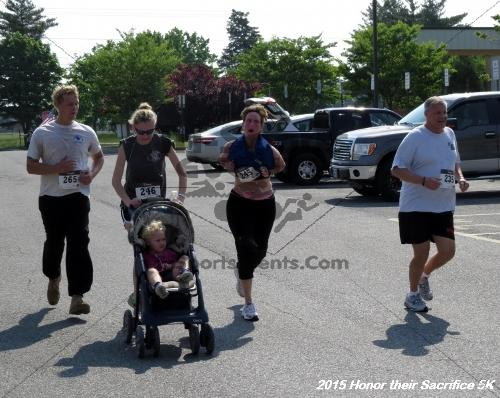 Honor Their Sacrifice 5K<br><br><br><br><a href='https://www.trisportsevents.com/pics/15_Elks_5K_151.JPG' download='15_Elks_5K_151.JPG'>Click here to download.</a><Br><a href='http://www.facebook.com/sharer.php?u=http:%2F%2Fwww.trisportsevents.com%2Fpics%2F15_Elks_5K_151.JPG&t=Honor Their Sacrifice 5K' target='_blank'><img src='images/fb_share.png' width='100'></a>