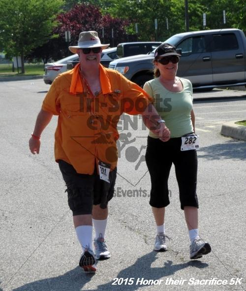 Honor Their Sacrifice 5K<br><br><br><br><a href='http://www.trisportsevents.com/pics/15_Elks_5K_157.JPG' download='15_Elks_5K_157.JPG'>Click here to download.</a><Br><a href='http://www.facebook.com/sharer.php?u=http:%2F%2Fwww.trisportsevents.com%2Fpics%2F15_Elks_5K_157.JPG&t=Honor Their Sacrifice 5K' target='_blank'><img src='images/fb_share.png' width='100'></a>