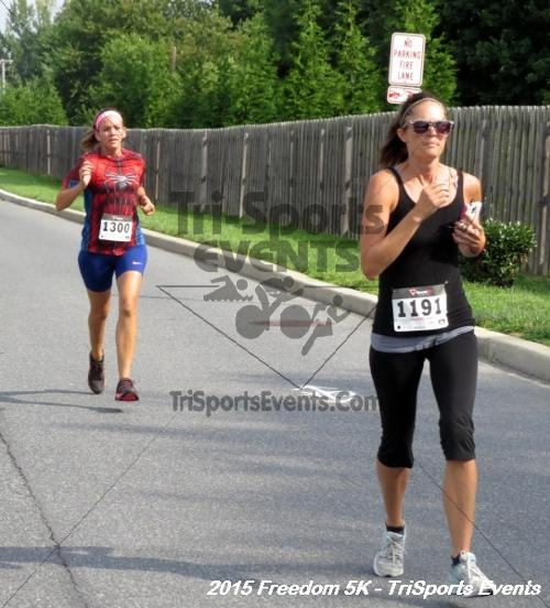 Freedom 5K Run/Walk<br><br><br><br><a href='http://www.trisportsevents.com/pics/15_Freedom_5K_027.JPG' download='15_Freedom_5K_027.JPG'>Click here to download.</a><Br><a href='http://www.facebook.com/sharer.php?u=http:%2F%2Fwww.trisportsevents.com%2Fpics%2F15_Freedom_5K_027.JPG&t=Freedom 5K Run/Walk' target='_blank'><img src='images/fb_share.png' width='100'></a>