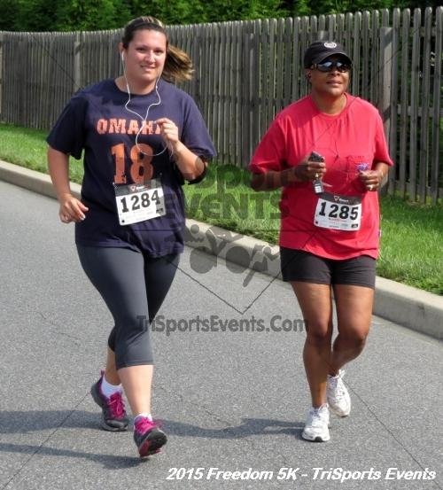 Freedom 5K Run/Walk<br><br><br><br><a href='http://www.trisportsevents.com/pics/15_Freedom_5K_059.JPG' download='15_Freedom_5K_059.JPG'>Click here to download.</a><Br><a href='http://www.facebook.com/sharer.php?u=http:%2F%2Fwww.trisportsevents.com%2Fpics%2F15_Freedom_5K_059.JPG&t=Freedom 5K Run/Walk' target='_blank'><img src='images/fb_share.png' width='100'></a>