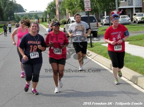 Freedom 5K Run/Walk<br><br><br><br><a href='http://www.trisportsevents.com/pics/15_Freedom_5K_094.JPG' download='15_Freedom_5K_094.JPG'>Click here to download.</a><Br><a href='http://www.facebook.com/sharer.php?u=http:%2F%2Fwww.trisportsevents.com%2Fpics%2F15_Freedom_5K_094.JPG&t=Freedom 5K Run/Walk' target='_blank'><img src='images/fb_share.png' width='100'></a>