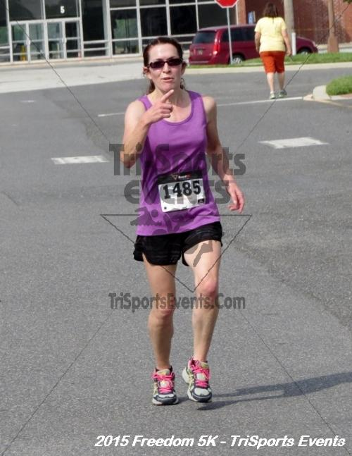 Freedom 5K Run/Walk<br><br><br><br><a href='http://www.trisportsevents.com/pics/15_Freedom_5K_128.JPG' download='15_Freedom_5K_128.JPG'>Click here to download.</a><Br><a href='http://www.facebook.com/sharer.php?u=http:%2F%2Fwww.trisportsevents.com%2Fpics%2F15_Freedom_5K_128.JPG&t=Freedom 5K Run/Walk' target='_blank'><img src='images/fb_share.png' width='100'></a>