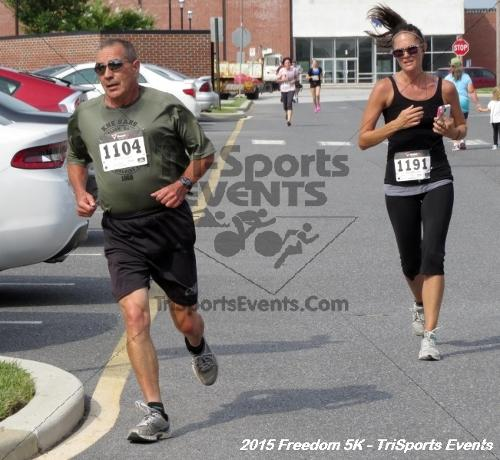 Freedom 5K Run/Walk<br><br><br><br><a href='http://www.trisportsevents.com/pics/15_Freedom_5K_153.JPG' download='15_Freedom_5K_153.JPG'>Click here to download.</a><Br><a href='http://www.facebook.com/sharer.php?u=http:%2F%2Fwww.trisportsevents.com%2Fpics%2F15_Freedom_5K_153.JPG&t=Freedom 5K Run/Walk' target='_blank'><img src='images/fb_share.png' width='100'></a>