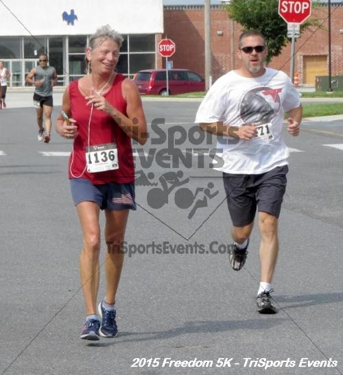 Freedom 5K Run/Walk<br><br><br><br><a href='http://www.trisportsevents.com/pics/15_Freedom_5K_172.JPG' download='15_Freedom_5K_172.JPG'>Click here to download.</a><Br><a href='http://www.facebook.com/sharer.php?u=http:%2F%2Fwww.trisportsevents.com%2Fpics%2F15_Freedom_5K_172.JPG&t=Freedom 5K Run/Walk' target='_blank'><img src='images/fb_share.png' width='100'></a>