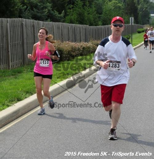 Freedom 5K Run/Walk<br><br><br><br><a href='http://www.trisportsevents.com/pics/15_Freedom_5K_196.JPG' download='15_Freedom_5K_196.JPG'>Click here to download.</a><Br><a href='http://www.facebook.com/sharer.php?u=http:%2F%2Fwww.trisportsevents.com%2Fpics%2F15_Freedom_5K_196.JPG&t=Freedom 5K Run/Walk' target='_blank'><img src='images/fb_share.png' width='100'></a>