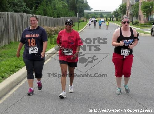 Freedom 5K Run/Walk<br><br><br><br><a href='http://www.trisportsevents.com/pics/15_Freedom_5K_242.JPG' download='15_Freedom_5K_242.JPG'>Click here to download.</a><Br><a href='http://www.facebook.com/sharer.php?u=http:%2F%2Fwww.trisportsevents.com%2Fpics%2F15_Freedom_5K_242.JPG&t=Freedom 5K Run/Walk' target='_blank'><img src='images/fb_share.png' width='100'></a>