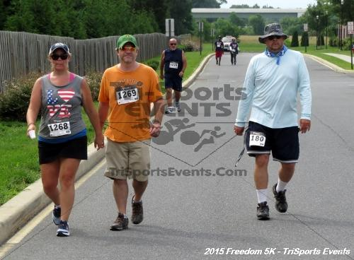 Freedom 5K Run/Walk<br><br><br><br><a href='http://www.trisportsevents.com/pics/15_Freedom_5K_253.JPG' download='15_Freedom_5K_253.JPG'>Click here to download.</a><Br><a href='http://www.facebook.com/sharer.php?u=http:%2F%2Fwww.trisportsevents.com%2Fpics%2F15_Freedom_5K_253.JPG&t=Freedom 5K Run/Walk' target='_blank'><img src='images/fb_share.png' width='100'></a>