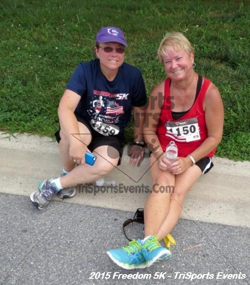 Freedom 5K Run/Walk<br><br><br><br><a href='http://www.trisportsevents.com/pics/15_Freedom_5K_275.JPG' download='15_Freedom_5K_275.JPG'>Click here to download.</a><Br><a href='http://www.facebook.com/sharer.php?u=http:%2F%2Fwww.trisportsevents.com%2Fpics%2F15_Freedom_5K_275.JPG&t=Freedom 5K Run/Walk' target='_blank'><img src='images/fb_share.png' width='100'></a>