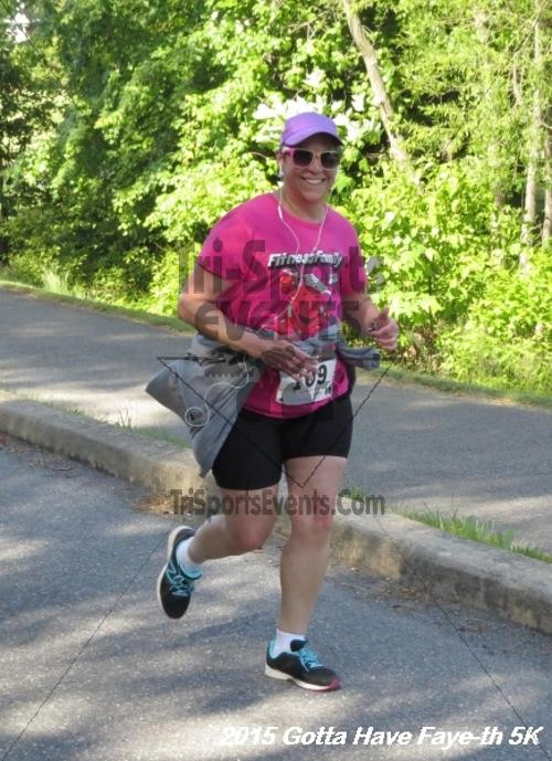 Gotta Have Faye-th 5K<br><br><br><br><a href='http://www.trisportsevents.com/pics/15_Gotta_have_Faye-th_5K_078.JPG' download='15_Gotta_have_Faye-th_5K_078.JPG'>Click here to download.</a><Br><a href='http://www.facebook.com/sharer.php?u=http:%2F%2Fwww.trisportsevents.com%2Fpics%2F15_Gotta_have_Faye-th_5K_078.JPG&t=Gotta Have Faye-th 5K' target='_blank'><img src='images/fb_share.png' width='100'></a>