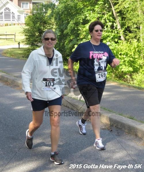 Gotta Have Faye-th 5K<br><br><br><br><a href='http://www.trisportsevents.com/pics/15_Gotta_have_Faye-th_5K_107.JPG' download='15_Gotta_have_Faye-th_5K_107.JPG'>Click here to download.</a><Br><a href='http://www.facebook.com/sharer.php?u=http:%2F%2Fwww.trisportsevents.com%2Fpics%2F15_Gotta_have_Faye-th_5K_107.JPG&t=Gotta Have Faye-th 5K' target='_blank'><img src='images/fb_share.png' width='100'></a>