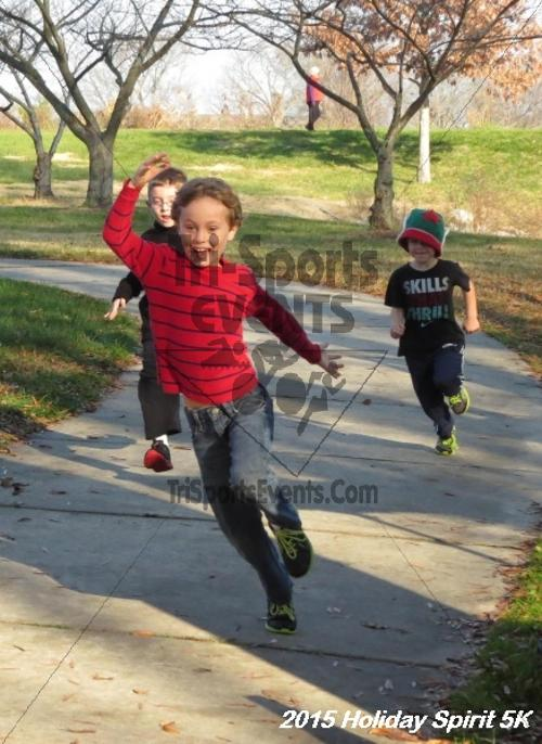 Share the Holiday Spirit 5K<br><br><br><br><a href='https://www.trisportsevents.com/pics/15_Holiday_Spirit_5K_001.JPG' download='15_Holiday_Spirit_5K_001.JPG'>Click here to download.</a><Br><a href='http://www.facebook.com/sharer.php?u=http:%2F%2Fwww.trisportsevents.com%2Fpics%2F15_Holiday_Spirit_5K_001.JPG&t=Share the Holiday Spirit 5K' target='_blank'><img src='images/fb_share.png' width='100'></a>