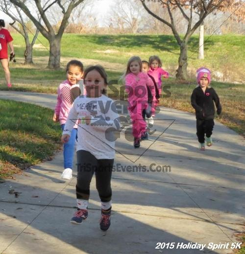 Share the Holiday Spirit 5K<br><br><br><br><a href='https://www.trisportsevents.com/pics/15_Holiday_Spirit_5K_003.JPG' download='15_Holiday_Spirit_5K_003.JPG'>Click here to download.</a><Br><a href='http://www.facebook.com/sharer.php?u=http:%2F%2Fwww.trisportsevents.com%2Fpics%2F15_Holiday_Spirit_5K_003.JPG&t=Share the Holiday Spirit 5K' target='_blank'><img src='images/fb_share.png' width='100'></a>