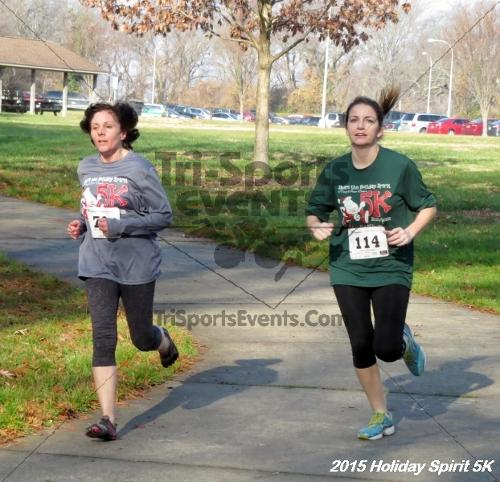 Share the Holiday Spirit 5K<br><br><br><br><a href='http://www.trisportsevents.com/pics/15_Holiday_Spirit_5K_039.JPG' download='15_Holiday_Spirit_5K_039.JPG'>Click here to download.</a><Br><a href='http://www.facebook.com/sharer.php?u=http:%2F%2Fwww.trisportsevents.com%2Fpics%2F15_Holiday_Spirit_5K_039.JPG&t=Share the Holiday Spirit 5K' target='_blank'><img src='images/fb_share.png' width='100'></a>