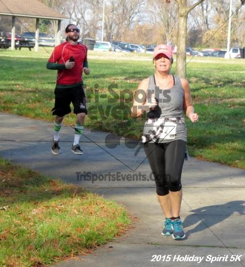 Share the Holiday Spirit 5K<br><br><br><br><a href='https://www.trisportsevents.com/pics/15_Holiday_Spirit_5K_043.JPG' download='15_Holiday_Spirit_5K_043.JPG'>Click here to download.</a><Br><a href='http://www.facebook.com/sharer.php?u=http:%2F%2Fwww.trisportsevents.com%2Fpics%2F15_Holiday_Spirit_5K_043.JPG&t=Share the Holiday Spirit 5K' target='_blank'><img src='images/fb_share.png' width='100'></a>