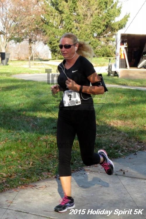 Share the Holiday Spirit 5K<br><br><br><br><a href='https://www.trisportsevents.com/pics/15_Holiday_Spirit_5K_073.JPG' download='15_Holiday_Spirit_5K_073.JPG'>Click here to download.</a><Br><a href='http://www.facebook.com/sharer.php?u=http:%2F%2Fwww.trisportsevents.com%2Fpics%2F15_Holiday_Spirit_5K_073.JPG&t=Share the Holiday Spirit 5K' target='_blank'><img src='images/fb_share.png' width='100'></a>