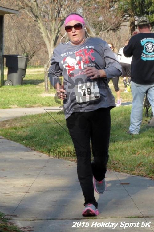 Share the Holiday Spirit 5K<br><br><br><br><a href='http://www.trisportsevents.com/pics/15_Holiday_Spirit_5K_091.JPG' download='15_Holiday_Spirit_5K_091.JPG'>Click here to download.</a><Br><a href='http://www.facebook.com/sharer.php?u=http:%2F%2Fwww.trisportsevents.com%2Fpics%2F15_Holiday_Spirit_5K_091.JPG&t=Share the Holiday Spirit 5K' target='_blank'><img src='images/fb_share.png' width='100'></a>