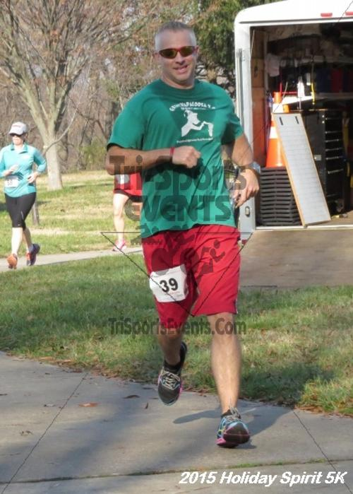 Share the Holiday Spirit 5K<br><br><br><br><a href='http://www.trisportsevents.com/pics/15_Holiday_Spirit_5K_110.JPG' download='15_Holiday_Spirit_5K_110.JPG'>Click here to download.</a><Br><a href='http://www.facebook.com/sharer.php?u=http:%2F%2Fwww.trisportsevents.com%2Fpics%2F15_Holiday_Spirit_5K_110.JPG&t=Share the Holiday Spirit 5K' target='_blank'><img src='images/fb_share.png' width='100'></a>