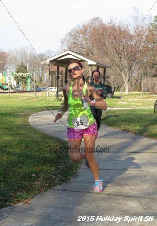Share the Holiday Spirit 5K<br><br><br><br><a href='https://www.trisportsevents.com/pics/15_Holiday_Spirit_5K_117.JPG' download='15_Holiday_Spirit_5K_117.JPG'>Click here to download.</a><Br><a href='http://www.facebook.com/sharer.php?u=http:%2F%2Fwww.trisportsevents.com%2Fpics%2F15_Holiday_Spirit_5K_117.JPG&t=Share the Holiday Spirit 5K' target='_blank'><img src='images/fb_share.png' width='100'></a>