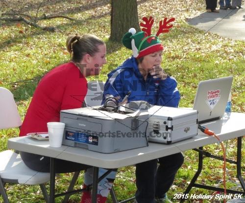 Share the Holiday Spirit 5K<br><br><br><br><a href='https://www.trisportsevents.com/pics/15_Holiday_Spirit_5K_127.JPG' download='15_Holiday_Spirit_5K_127.JPG'>Click here to download.</a><Br><a href='http://www.facebook.com/sharer.php?u=http:%2F%2Fwww.trisportsevents.com%2Fpics%2F15_Holiday_Spirit_5K_127.JPG&t=Share the Holiday Spirit 5K' target='_blank'><img src='images/fb_share.png' width='100'></a>