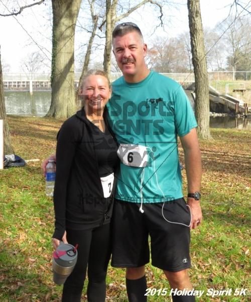 Share the Holiday Spirit 5K<br><br><br><br><a href='https://www.trisportsevents.com/pics/15_Holiday_Spirit_5K_148.JPG' download='15_Holiday_Spirit_5K_148.JPG'>Click here to download.</a><Br><a href='http://www.facebook.com/sharer.php?u=http:%2F%2Fwww.trisportsevents.com%2Fpics%2F15_Holiday_Spirit_5K_148.JPG&t=Share the Holiday Spirit 5K' target='_blank'><img src='images/fb_share.png' width='100'></a>