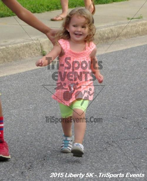 Liberty 5K Run/Walk<br><br><br><br><a href='http://www.trisportsevents.com/pics/15_Liberty_5K_008.JPG' download='15_Liberty_5K_008.JPG'>Click here to download.</a><Br><a href='http://www.facebook.com/sharer.php?u=http:%2F%2Fwww.trisportsevents.com%2Fpics%2F15_Liberty_5K_008.JPG&t=Liberty 5K Run/Walk' target='_blank'><img src='images/fb_share.png' width='100'></a>