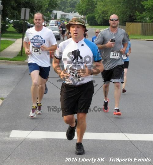 Liberty 5K Run/Walk<br><br><br><br><a href='http://www.trisportsevents.com/pics/15_Liberty_5K_034.JPG' download='15_Liberty_5K_034.JPG'>Click here to download.</a><Br><a href='http://www.facebook.com/sharer.php?u=http:%2F%2Fwww.trisportsevents.com%2Fpics%2F15_Liberty_5K_034.JPG&t=Liberty 5K Run/Walk' target='_blank'><img src='images/fb_share.png' width='100'></a>