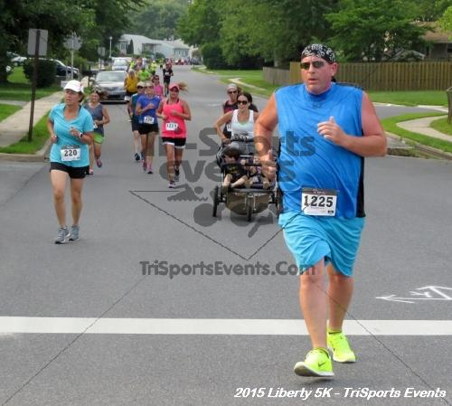 Liberty 5K Run/Walk<br><br><br><br><a href='http://www.trisportsevents.com/pics/15_Liberty_5K_048.JPG' download='15_Liberty_5K_048.JPG'>Click here to download.</a><Br><a href='http://www.facebook.com/sharer.php?u=http:%2F%2Fwww.trisportsevents.com%2Fpics%2F15_Liberty_5K_048.JPG&t=Liberty 5K Run/Walk' target='_blank'><img src='images/fb_share.png' width='100'></a>