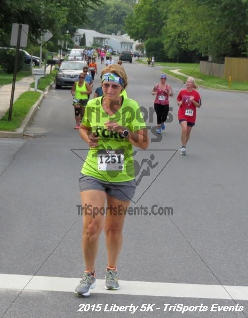 Liberty 5K Run/Walk<br><br><br><br><a href='http://www.trisportsevents.com/pics/15_Liberty_5K_060.JPG' download='15_Liberty_5K_060.JPG'>Click here to download.</a><Br><a href='http://www.facebook.com/sharer.php?u=http:%2F%2Fwww.trisportsevents.com%2Fpics%2F15_Liberty_5K_060.JPG&t=Liberty 5K Run/Walk' target='_blank'><img src='images/fb_share.png' width='100'></a>