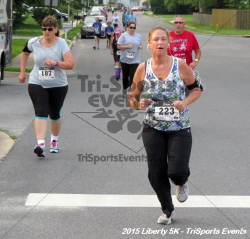 Liberty 5K Run/Walk<br><br><br><br><a href='http://www.trisportsevents.com/pics/15_Liberty_5K_073.JPG' download='15_Liberty_5K_073.JPG'>Click here to download.</a><Br><a href='http://www.facebook.com/sharer.php?u=http:%2F%2Fwww.trisportsevents.com%2Fpics%2F15_Liberty_5K_073.JPG&t=Liberty 5K Run/Walk' target='_blank'><img src='images/fb_share.png' width='100'></a>