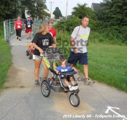 Liberty 5K Run/Walk<br><br><br><br><a href='http://www.trisportsevents.com/pics/15_Liberty_5K_090.JPG' download='15_Liberty_5K_090.JPG'>Click here to download.</a><Br><a href='http://www.facebook.com/sharer.php?u=http:%2F%2Fwww.trisportsevents.com%2Fpics%2F15_Liberty_5K_090.JPG&t=Liberty 5K Run/Walk' target='_blank'><img src='images/fb_share.png' width='100'></a>