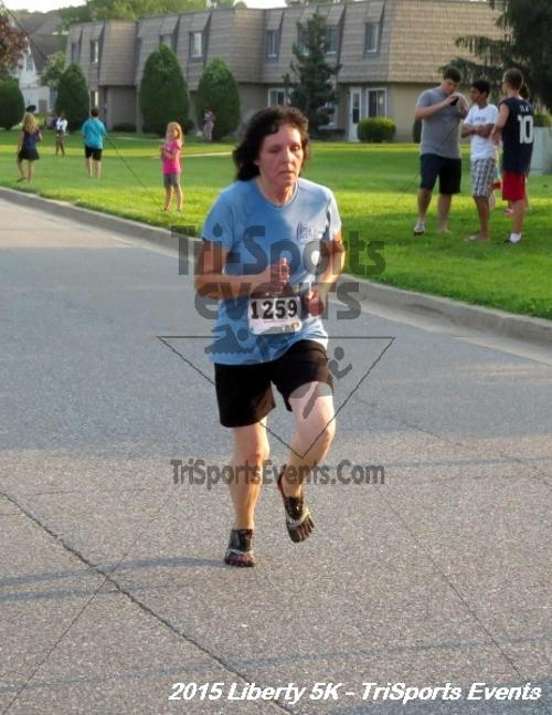 Liberty 5K Run/Walk<br><br><br><br><a href='http://www.trisportsevents.com/pics/15_Liberty_5K_112.JPG' download='15_Liberty_5K_112.JPG'>Click here to download.</a><Br><a href='http://www.facebook.com/sharer.php?u=http:%2F%2Fwww.trisportsevents.com%2Fpics%2F15_Liberty_5K_112.JPG&t=Liberty 5K Run/Walk' target='_blank'><img src='images/fb_share.png' width='100'></a>