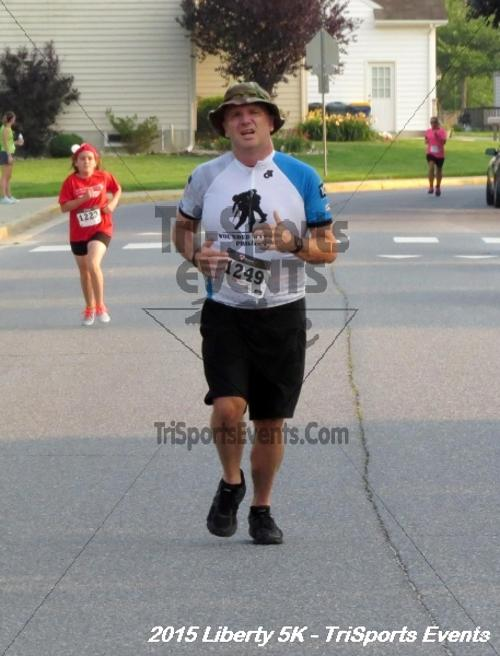 Liberty 5K Run/Walk<br><br><br><br><a href='https://www.trisportsevents.com/pics/15_Liberty_5K_127.JPG' download='15_Liberty_5K_127.JPG'>Click here to download.</a><Br><a href='http://www.facebook.com/sharer.php?u=http:%2F%2Fwww.trisportsevents.com%2Fpics%2F15_Liberty_5K_127.JPG&t=Liberty 5K Run/Walk' target='_blank'><img src='images/fb_share.png' width='100'></a>