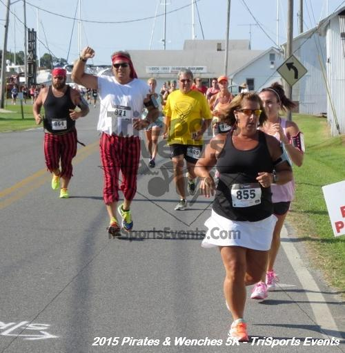 Pirates & Wenches 5K Run/Walk<br><br><br><br><a href='https://www.trisportsevents.com/pics/15_Pirates_&_Wenches_5K_042.JPG' download='15_Pirates_&_Wenches_5K_042.JPG'>Click here to download.</a><Br><a href='http://www.facebook.com/sharer.php?u=http:%2F%2Fwww.trisportsevents.com%2Fpics%2F15_Pirates_&_Wenches_5K_042.JPG&t=Pirates & Wenches 5K Run/Walk' target='_blank'><img src='images/fb_share.png' width='100'></a>