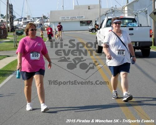 Pirates & Wenches 5K Run/Walk<br><br><br><br><a href='https://www.trisportsevents.com/pics/15_Pirates_&_Wenches_5K_081.JPG' download='15_Pirates_&_Wenches_5K_081.JPG'>Click here to download.</a><Br><a href='http://www.facebook.com/sharer.php?u=http:%2F%2Fwww.trisportsevents.com%2Fpics%2F15_Pirates_&_Wenches_5K_081.JPG&t=Pirates & Wenches 5K Run/Walk' target='_blank'><img src='images/fb_share.png' width='100'></a>
