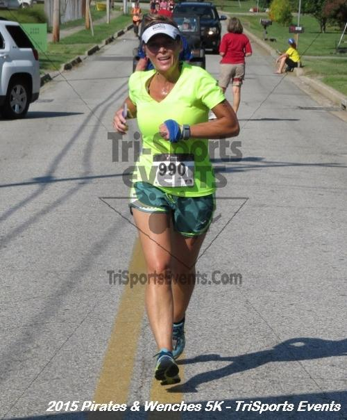 Pirates & Wenches 5K Run/Walk<br><br><br><br><a href='https://www.trisportsevents.com/pics/15_Pirates_&_Wenches_5K_133.JPG' download='15_Pirates_&_Wenches_5K_133.JPG'>Click here to download.</a><Br><a href='http://www.facebook.com/sharer.php?u=http:%2F%2Fwww.trisportsevents.com%2Fpics%2F15_Pirates_&_Wenches_5K_133.JPG&t=Pirates & Wenches 5K Run/Walk' target='_blank'><img src='images/fb_share.png' width='100'></a>