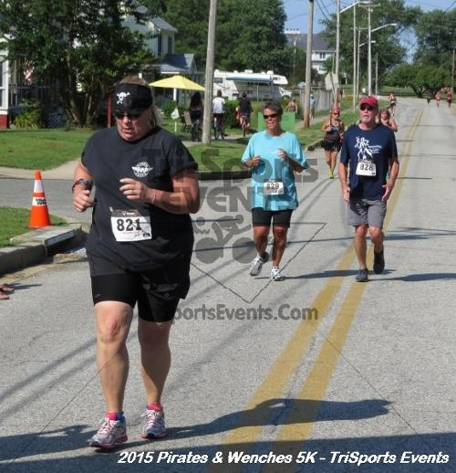 Pirates & Wenches 5K Run/Walk<br><br><br><br><a href='https://www.trisportsevents.com/pics/15_Pirates_&_Wenches_5K_159.JPG' download='15_Pirates_&_Wenches_5K_159.JPG'>Click here to download.</a><Br><a href='http://www.facebook.com/sharer.php?u=http:%2F%2Fwww.trisportsevents.com%2Fpics%2F15_Pirates_&_Wenches_5K_159.JPG&t=Pirates & Wenches 5K Run/Walk' target='_blank'><img src='images/fb_share.png' width='100'></a>