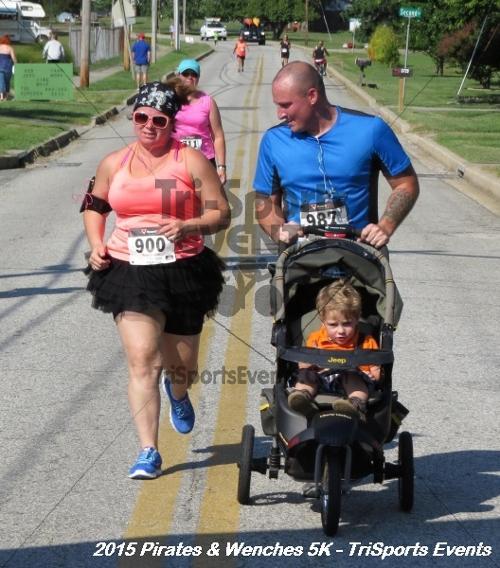 Pirates & Wenches 5K Run/Walk<br><br><br><br><a href='https://www.trisportsevents.com/pics/15_Pirates_&_Wenches_5K_169.JPG' download='15_Pirates_&_Wenches_5K_169.JPG'>Click here to download.</a><Br><a href='http://www.facebook.com/sharer.php?u=http:%2F%2Fwww.trisportsevents.com%2Fpics%2F15_Pirates_&_Wenches_5K_169.JPG&t=Pirates & Wenches 5K Run/Walk' target='_blank'><img src='images/fb_share.png' width='100'></a>
