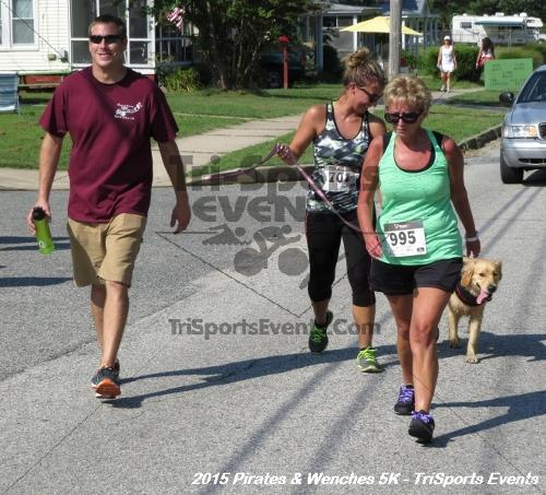 Pirates & Wenches 5K Run/Walk<br><br><br><br><a href='https://www.trisportsevents.com/pics/15_Pirates_&_Wenches_5K_192.JPG' download='15_Pirates_&_Wenches_5K_192.JPG'>Click here to download.</a><Br><a href='http://www.facebook.com/sharer.php?u=http:%2F%2Fwww.trisportsevents.com%2Fpics%2F15_Pirates_&_Wenches_5K_192.JPG&t=Pirates & Wenches 5K Run/Walk' target='_blank'><img src='images/fb_share.png' width='100'></a>